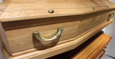 Cercueil en bois brut - Guesdon Stéphane