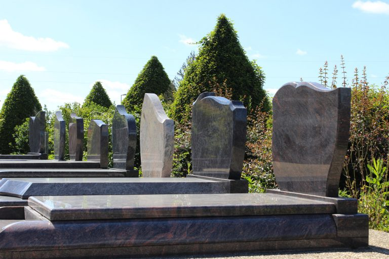 Pierre tombale en marbre - Guesdon Stéphane